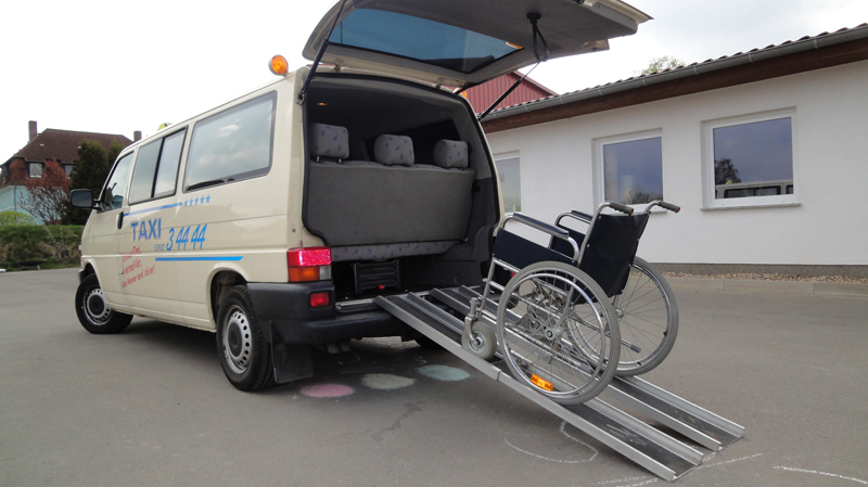 taxi striecks krankenfahrten und ambulante fahrten. Black Bedroom Furniture Sets. Home Design Ideas